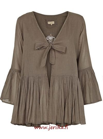 Tina Wodstrup Frill shirt whith pearls warm grey