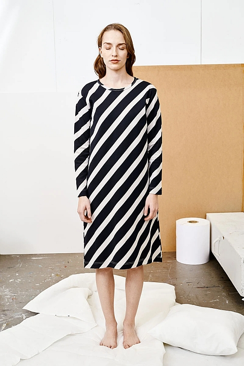 Papu Huge Stripe Dress Black, Canvas grey